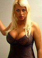Nackt zito laura lo Laura Lo